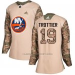 Camiseta Hockey Mujer New York Islanders 19 Bryan Trottier Camo Autentico 2017 Veterans Day Stitched